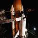 2000. február. Az STS-99-es küldetésre felkészített űrsikló a 39A indítóálláson.