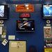A monitorokon az STS-135-ös küldetés aktuális eseményei